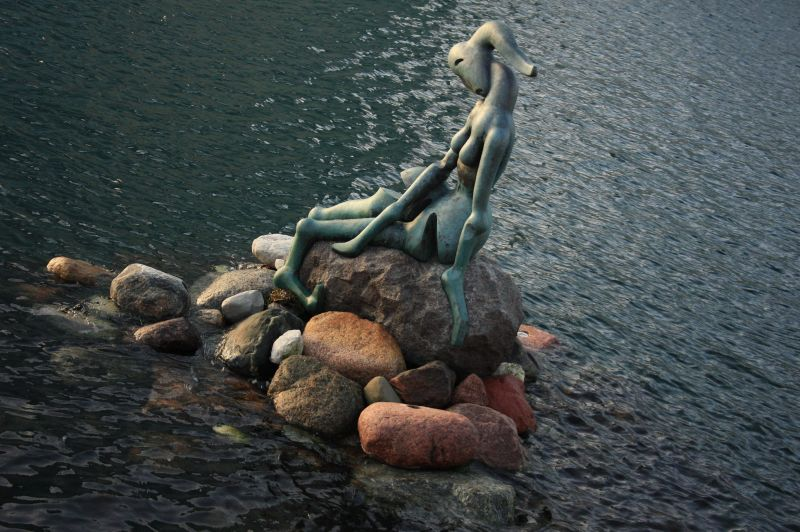 gal/Copenhagen/The_Genetically_Modified_Mermaid/Copenhagen_Genetically_Modified_Mermaid_statue10.jpg