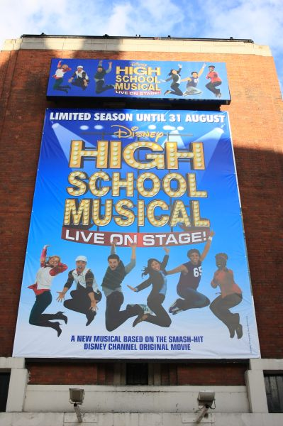 gal/Musical_Theatres/High_School_Musical_-_Hammersmith_Apollo/High_School_Musical_on_Stage012.JPG