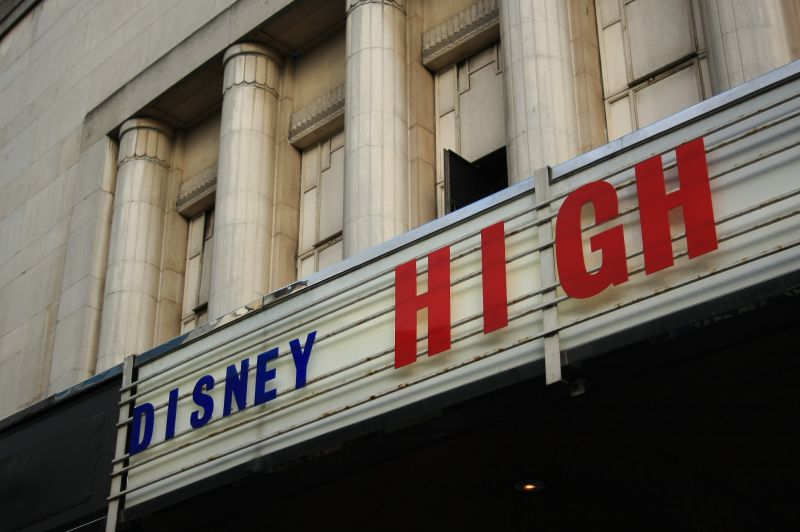 gal/Musical_Theatres/High_School_Musical_-_Hammersmith_Apollo/High_School_Musical_on_Stage017.JPG