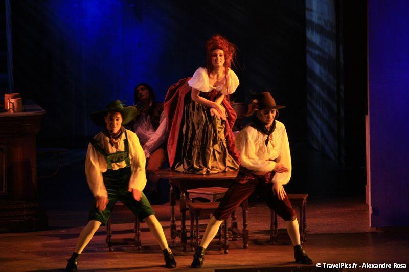 gal/Musical_Theatres/Mozart_Opera_Rock_-_Palais_des_Sports/Mozart_Opera_Rock_Palais_des_Sports_Paris073.jpg