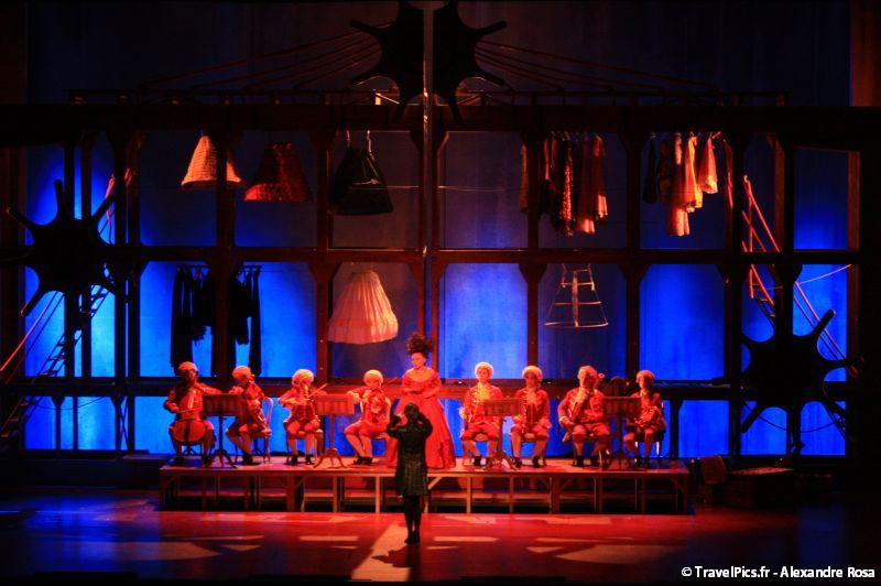 gal/Musical_Theatres/Mozart_Opera_Rock_-_Palais_des_Sports/Mozart_Opera_Rock_Palais_des_Sports_Paris260.jpg