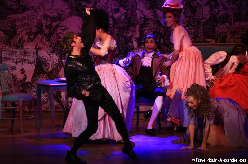 gal/Musical_Theatres/Mozart_Opera_Rock_-_Palais_des_Sports/Mozart_Opera_Rock_Palais_des_Sports_Paris320.jpg