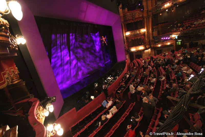 gal/Musical_Theatres/Sister_Act_-_London_Palladium/Sister_Act_Musical_London_Palladium_Whoopy_Goldberg36.jpg