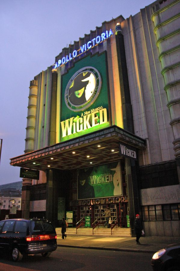 gal/Musical_Theatres/Wicked_-_Apollo_Victoria/Wicked_Musical_London001.jpg