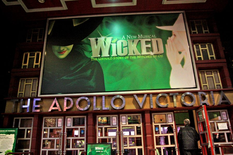 gal/Musical_Theatres/Wicked_-_Apollo_Victoria/Wicked_Musical_London003.jpg