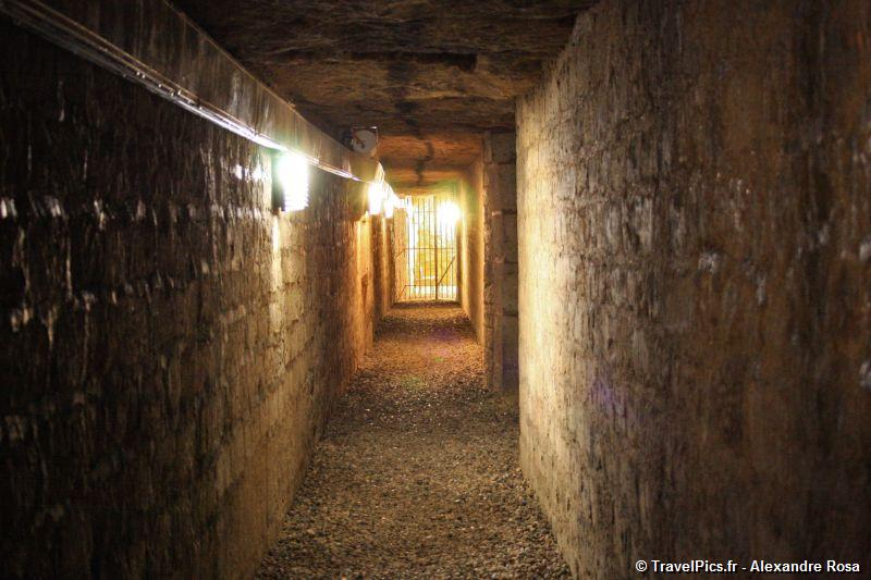 gal/Paris/Catacombes_-_Denfert_Rochereau/Catacombes_de_Paris_Denfert_Rochereau019.jpg