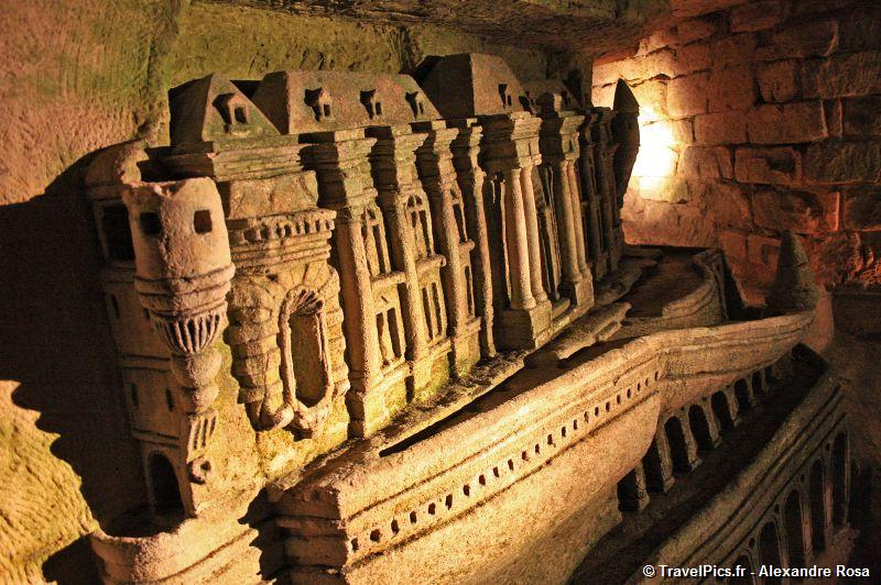 gal/Paris/Catacombes_-_Denfert_Rochereau/Catacombes_de_Paris_Denfert_Rochereau022.jpg