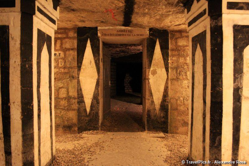gal/Paris/Catacombes_-_Denfert_Rochereau/Catacombes_de_Paris_Denfert_Rochereau040.jpg