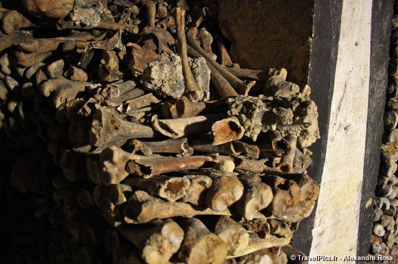 gal/Paris/Catacombes_-_Denfert_Rochereau/Catacombes_de_Paris_Denfert_Rochereau099.jpg