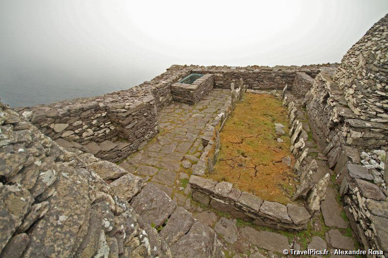 gal/Voyages/Ireland/Skellig_Islands/Skellig_Michael_Islands_monastery_Ireland257.jpg