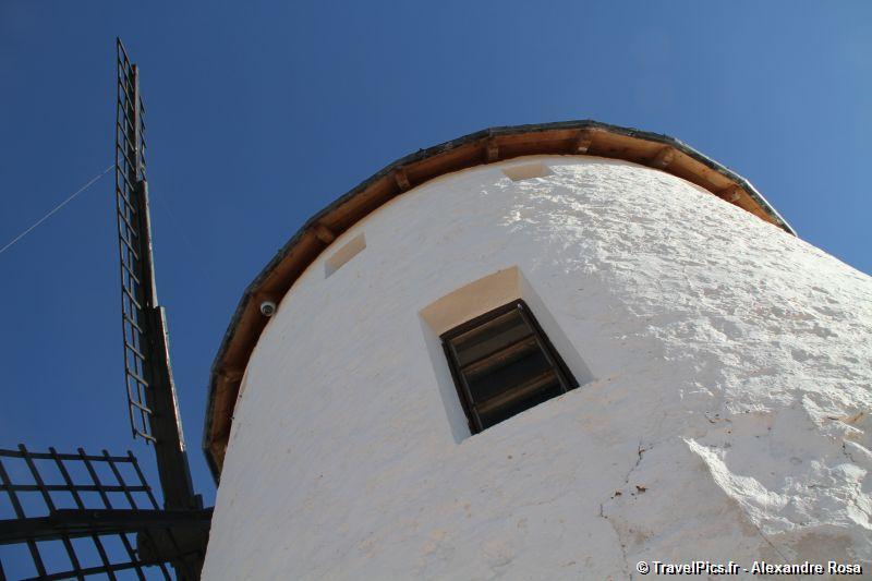 le vent rencontre le moulin