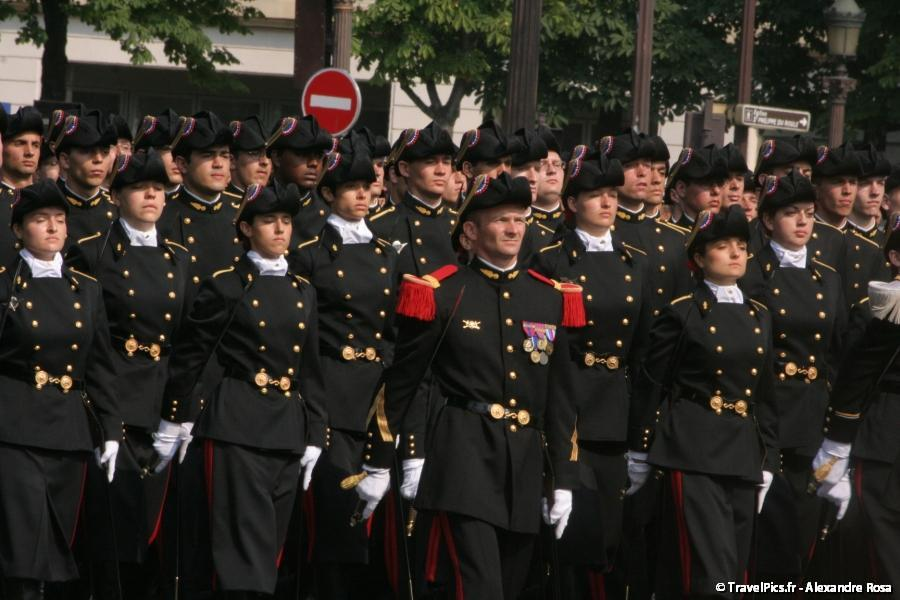 gal/evenements/14_Juillet_-_Defile_Militaire/IMG_6323.JPG