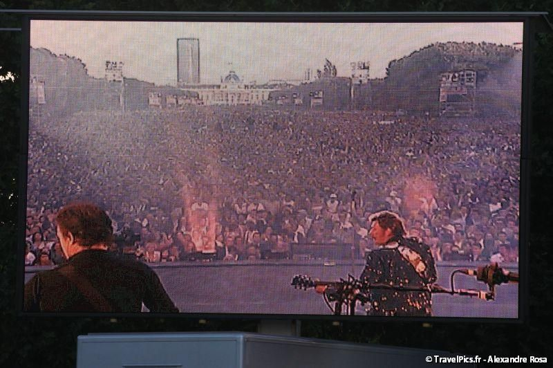 gal/evenements/14_Juillet_-_Feux_Artifices/Concert_Johnny_Hallyday/Johnny_Hallyday_Concert_14_Juillet_2009_Tour_Eiffel256.jpg