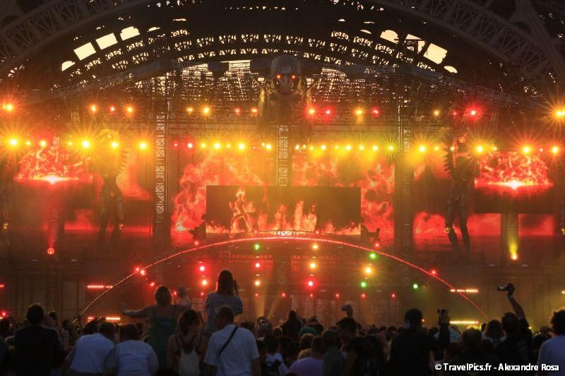 gal/evenements/14_Juillet_-_Feux_Artifices/Concert_Johnny_Hallyday/Johnny_Hallyday_Concert_14_Juillet_2009_Tour_Eiffel308.jpg
