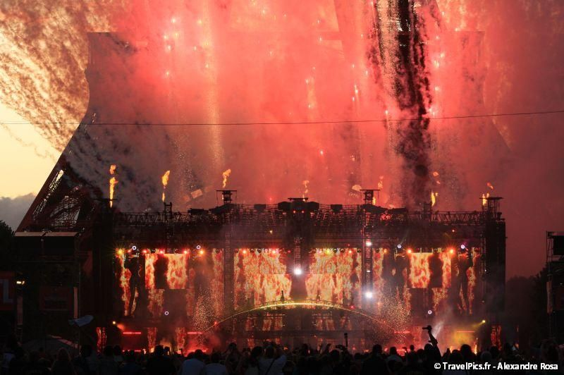 gal/evenements/14_Juillet_-_Feux_Artifices/Concert_Johnny_Hallyday/Johnny_Hallyday_Concert_14_Juillet_2009_Tour_Eiffel323.jpg