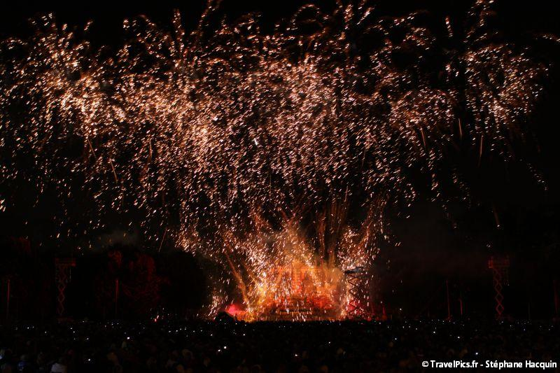 gal/evenements/Grand_Feu_de_St_Cloud/Grand_Feu_de_Saint_Cloud064.jpg